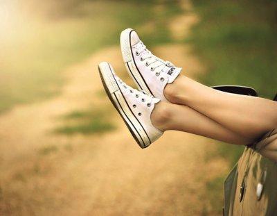 3 Bons Tênis Feminino para Caminhada de Todo Dia (Ande Muito e Sofra Pouco)